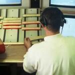 Un contrôleur radariste et son contrôleur organique sur une position ODS