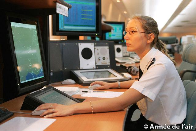 contrôleurs aériens : les filières militaires